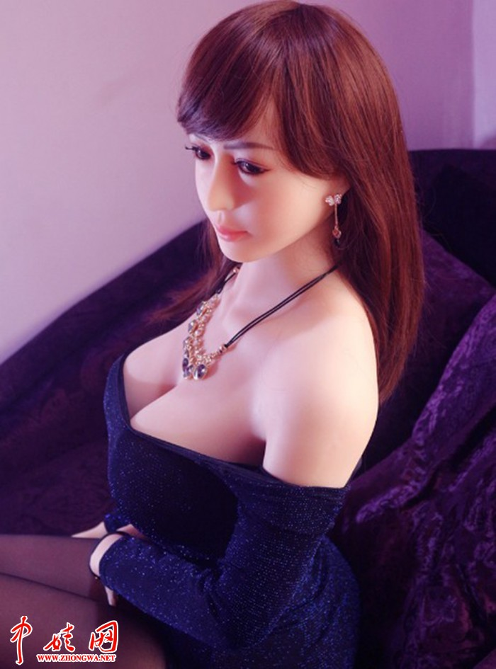 165CM Lifesized Silicone Young Girl Sex Doll Online with Realistic Big Fat Ass L.jpg